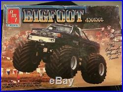 Amt Vintage 1989- Bigfoot 4x4x4 125 Scale Model 6712 Kit
