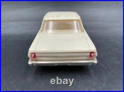 B5 AMT 1962 CHEVY II Nova Hardtop VINTAGE BUILT MODEL Car 1/25 McM