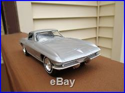 Chevrolet 1967 Silver Corvette Dealer Promo Car AMT
