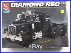 Diamond Reo Tractor Truck AMT ERTL 125 Model Kit 8137 Unbuilt, Sealed Box