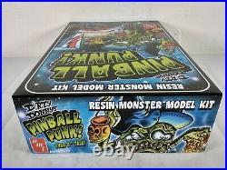 Dirty Donny's Pinball Punk Resin Monster AMT Model Kit # 997/12 Creases