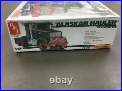 Ertl Amt Kenworth Alaskan Hauler 1/25 Scale Model Kit
