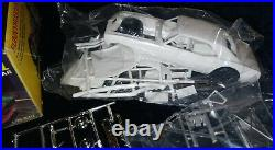 FUNNYHUGGER II CAMARO FUNNY CAR AMT 1/25 Scale Vintage Kit T384-225 COMPLETE