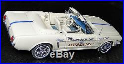 Ford 1 Mustang 1965 Sport 24 GT Car Vintage Concept 12 Carousel White 18 40 T 8