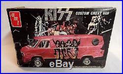 Look! 1977 Amt Kiss Rock & Roll Band Custom Chevy Van Unbuilt 1/25 Model Kit