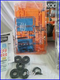 Lot Of 2 Revell/AMT Unimog U1300L Snow PlowithFord Snowplow Model Kits