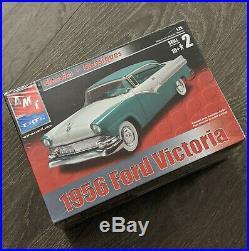MODEL KIT LOT (2 KITS) Unbuilt AMT 1953 Studebaker Coupe & 1956 Ford Victoria