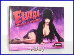 MOEBIUS #918 1/8 ELVIRA 1/8 Scale ELVIRA MISTRESS OF THE DARK Plastic Model Kit