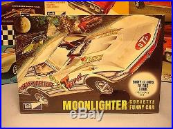 Mpc 1970 Chevy Corvette Moonlighter Glow-in-the-dark Funny Car #728-200 Amt Kit