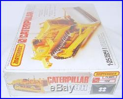 Matchbox AMT 125 CATERPILLAR D8H TRACK BULLDOZER & RIPPER Model Kit MISB`79 TOP