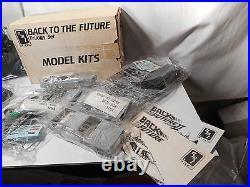Model Kit Back to the Future Trilogy Set