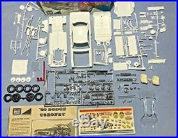 Mpc 1969 Dodge Coronet R/t Superbee Kit #1769-200 Amt 1/25 Complete O/b Model