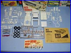 Mpc 1970 Dodge Charger R/t Vintage Annual #770-200 1/25 Amt Complete White Kit