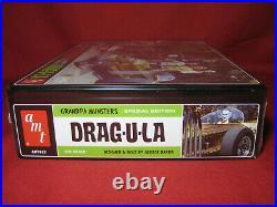 Munsters Koach + Drag-u-la Special Edition Tin Box 1/25 AMT Kit George Barris