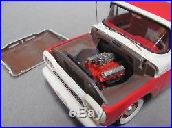 NICE Pro Built AMT 1960 Ford F-100 Pickup Torch Red & White, 1/25 Scale Kit