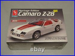 NOS Sealed AMT 1992 Chevrolet Camaro Z28 25th Anniversary 1/25 Scale Model Kit