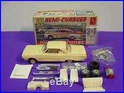 Original Amt 1965 Dodge Coronet Hemi Charger Builder