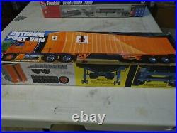 Post Van 40' Exterior Fruehauf Trailer Interstate Amt Model Kit 1/25 Sealed F/s