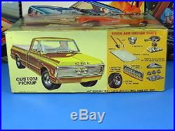 Rare Amt# T120-225 1971 Gmc Sierra Grande Pickup Annual From 1971 Sealed Inside