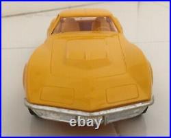 RARE Taxi Cab Yellow 1969 AMT Chevrolet Corvette Promo w Box