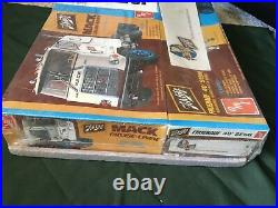 Rare Sealed Amt Big Rig Set Mack Cruse Liner Fruehauf 40 Truck Trailer Schlitz