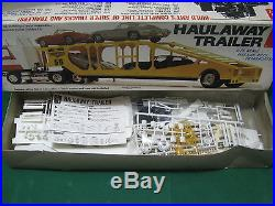 Rare Vintage Model Kit HAULAWAY TRAILER Five-Car Auto Transporter 1/25 amt