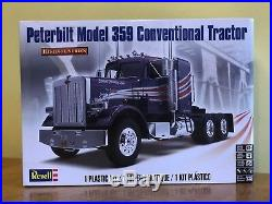 Revell 1/25 Peterbilt 359 Conventional and AMT 1/25 Extendable Flatbed Trailer