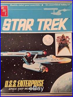 Star Trek Amt opened Enterprise 18 inch ship model with electronic parts kit