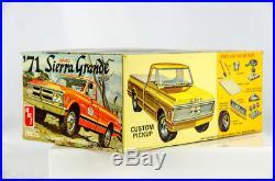 Ultra Rare Vintage AMT GMC 1971'71 Sierra Grande Pickup 1/25 Model Car T120-225