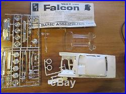Unbuilt AMT 1967 Ford Falcon sports coupe 1/25 scale model kit 5127-170