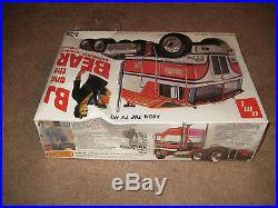 VINTAGE NIB 1980 BJ and THE BEAR KENWORTH AERODYNE CABOVER 1/25 SCALE AMT