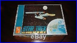 Vintage 1968 AMT S951-250 Star Trek USS Enterprise Model kit new old stock NOS
