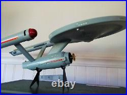 Vintage 1983 USS enterprise AMT model kit (PRO BUILT)