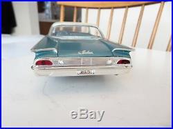 Vintage 1/25 Amt 1960 Ford Galaxie 2 Door Hardtop Pro Built Model