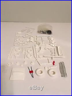 Vintage 1/25 Scale AMT 1968 Ford Falcon Model Car 3 Way Customizing Kit