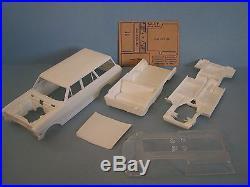 Vintage AMT 1963 Chevy II Nova Station Wagon Model Car Kit in 1/25th