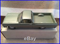 Vintage AMT 1964 Chevy Chevelle El Camino Green Promo Car 1/25th