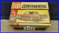 Vintage AMT 1966 Lincoln Continental Customizing 1/25 Plastic Model Kit Boxed