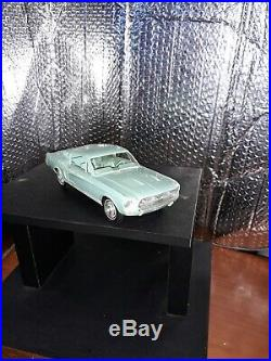 Vintage AMT 1/25 White 1967 Ford Mustang Fastback Friction Promo Car Model