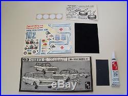 Vintage Amt (1963)'63 Chevy II / Nova Station Wagon Model Kit (complete)