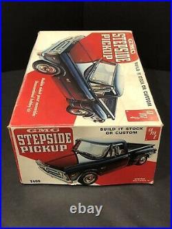 Vintage Amt Gmc Stepside Pickup 1/25