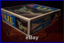 Vintage Amt Model Set Interplanetary Ufo Mystery Ship Star Trek Glows Nice Box