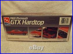 Vintage Model Kits-124 Amt/ertl 1969 Plymouth Gtx Hardtop-new