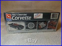Vintage Model Kits 1962 Chevy Corvette Stingray Convertible Amt/ertl 1/25-new