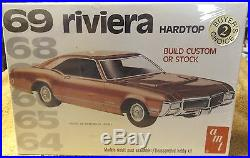 Vintage Model Kits-1969 Riveria Hardtop-amt Kit-very Nice-1/25 Scale