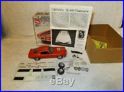 Vintage Model Kits 1970 1/2 Chevy Camaro Z28 Amt-partially Built-1/24 Scale