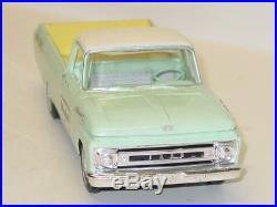 Vintage Plastic AMT 1961 Ford Pick Up Truck Dealer Promo Car Mobile Service CC1