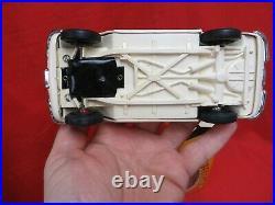 Vintage Smp Amt 1962 F922 White/creme Conv. Corvette 125 Scale Promo Car Boxed