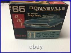 Vintage, a m t, 1 25 Scale, 65 Bonneville sport coupe, un built Kit, open BoxUsed