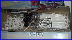 Vtg AMT Watkins Fruehauf Reefer T507 40 Foot Refrigerator Van Sealed Contents